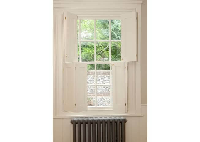 cottage-shutters