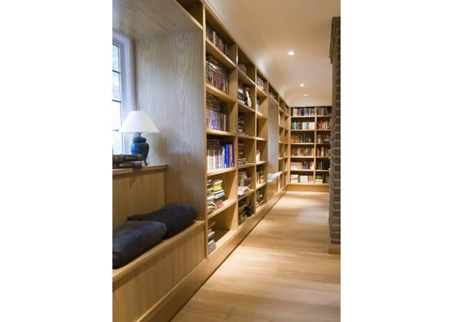 fitted-bespoke-oak-library-1