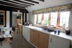 Bespoke Kitchens Sussex (5)