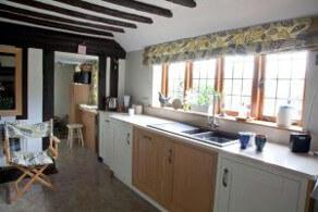Bespoke Kitchens Sussex (5)