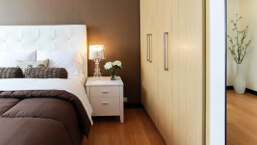 bedroom-fitted-wardrobe-1